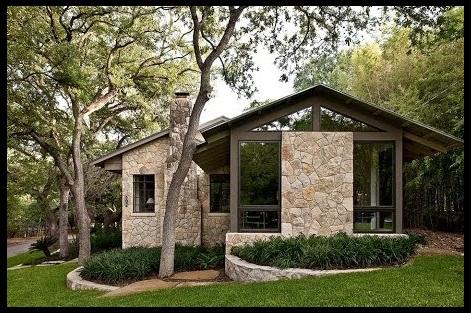 Fachadas de casas rusticas de dos plantas imagenes de for Fotos de casas pequenas de dos plantas