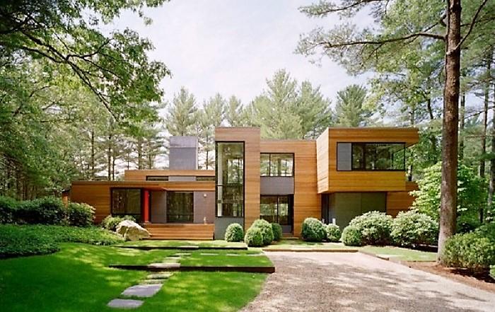 Cocheras modernas fotos puerta privada de garage for Casas con jardin grande